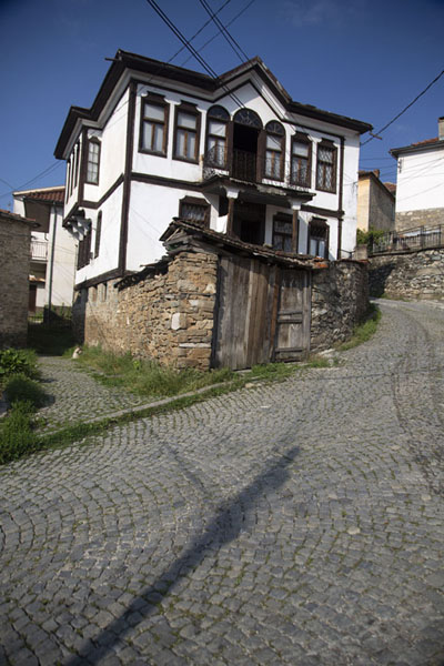 One of the beautiful buildings of Kruševo | Kruševo | Macedonia del Norte