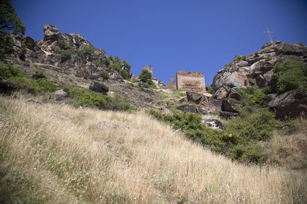 The hill with Marko's towers seen from below | Torres de Marco | Macedonia del Norte