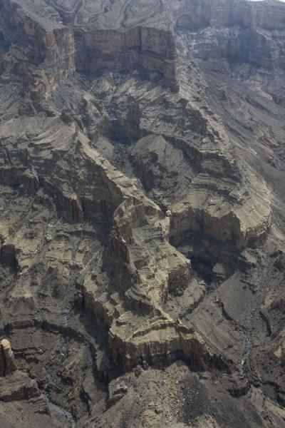 The wild landscape of the Grand Canyon | Jebel Shams Grand Canyon | Oman