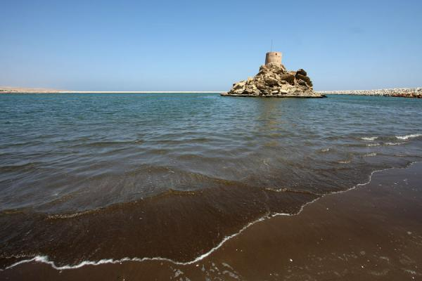 Picture of Qurayat (Oman): Defensive tower in the harbour of Qurayat