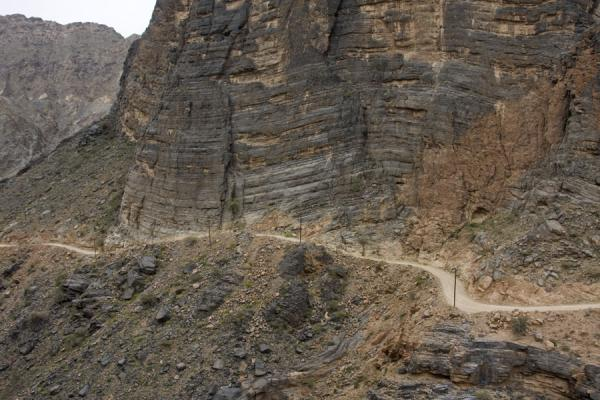 Picture of Wadi Bani Awf (Oman): Track in the mountains between Zammah and Bilad Sayt