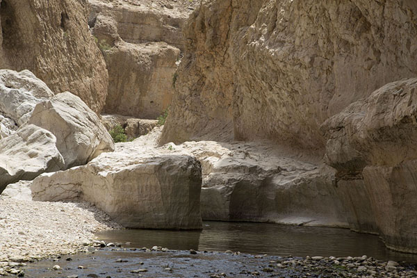 Cliffs surrounding the wadi | Wadi Bani Khalid | Oman