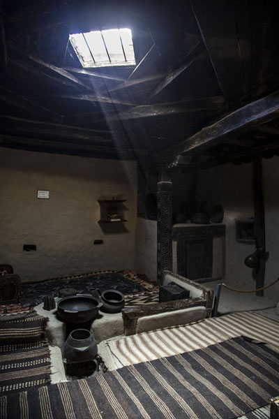 One of the rooms of Baltit Fort | Forteresse de Baltit | Pakistan