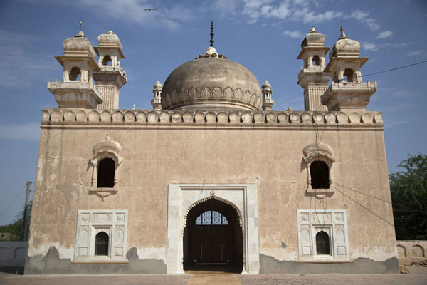 Abbasi Mosque, east of Derawar Fort | Fortaleza de Derawar | Pakistan