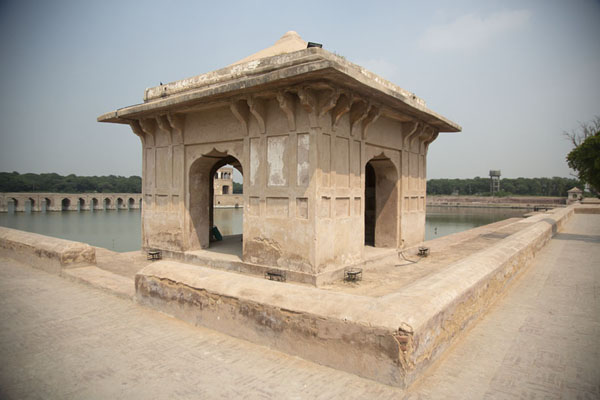 View of small corner pavilion and pond of Hiran Minar | Hiran Minar | Pakistan
