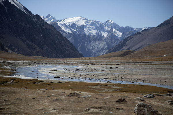 Picture of The mountain scenery at the highest point of Karakoram Highway: the Khunjerab PassKhunjerab - Pakistan