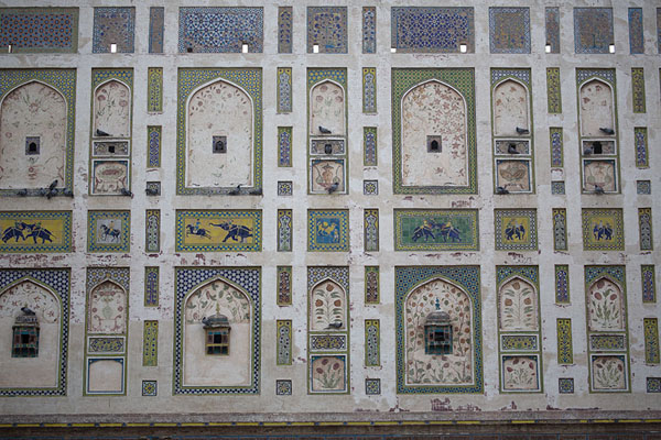 The Picture Wall on the northwest side of Lahore Fort contains mosaics depicting elephants, camels, and flowers | Lahore Fort | Pakistan