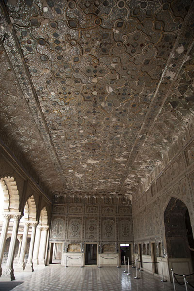 Inside view of Sheesh Mahal, the Palace of Mirrors | Lahore Fort | Pakistan