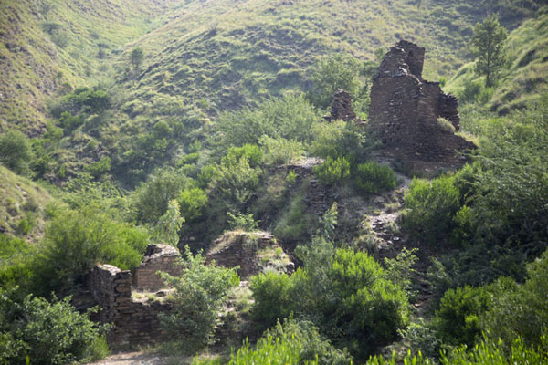 Inaccessible ruins near Takht-i-Bahi - 巴基斯坦