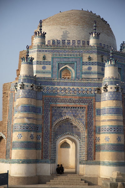 Frontal view of Bibi Jawindi Tomb | Tombe di Uch Sharif | Pakistan