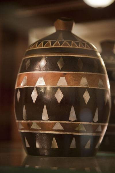Foto van Example of pottery on display in the museumKoror - Palau