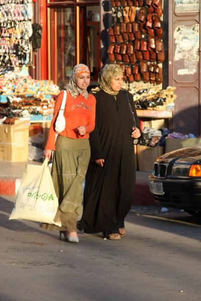 Palestinian women on a shopping spree | Palestinians | Palestinian Territories