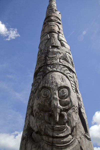 Picture of Looking up a column of the ruined haus tambaran in Chimondo on the Keram riverKeram river - Papua New Guinea