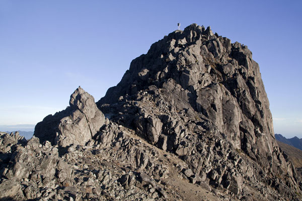 Picture of Mount Wilhelm (Papua New Guinea): Looking up the rocky summit of Mount Wilhelm