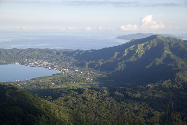 Picture of Rabaul Volcanoes (Papua New Guinea): Looking north with North Daughter and Rabaul at the end of Simpson Harbour