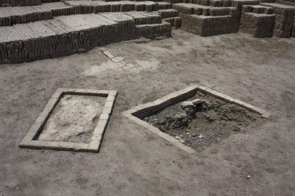 Picture of Huaca Pucllana (Peru): Small areas marked with stones on one of the floors