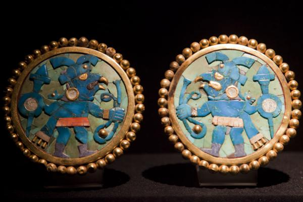 Picture of Ornaments belonging to a Chim� dignitary