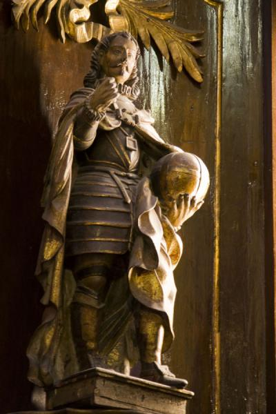 Picture of San Francisco Monastery (Peru): Statue inside the San Francisco church