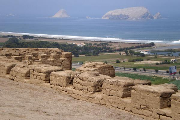 Looking at the islands off the coast from the Temple of the Sun | Pachacamac | Peru