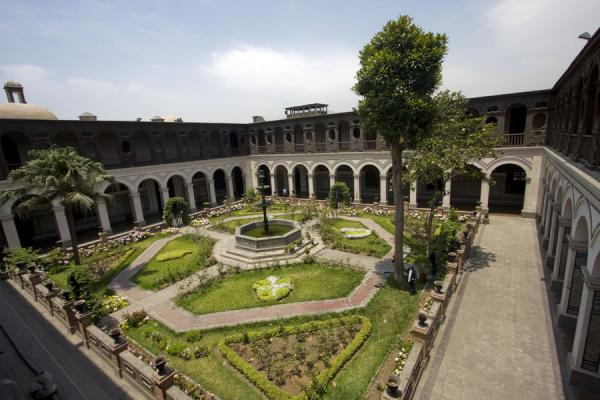 One of the patios of the Santo Domingo monastery | Santo Domingo church and monastery | Peru