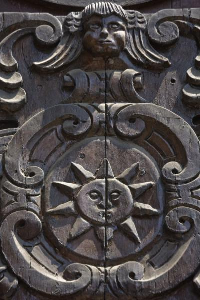 Close-up of a wooden panel in the balcony of the first floor | Santo Domingo church and monastery | Peru