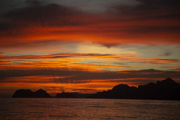 Foto di Sunset over Bacuit ArchipelagoBacuit - Filippine