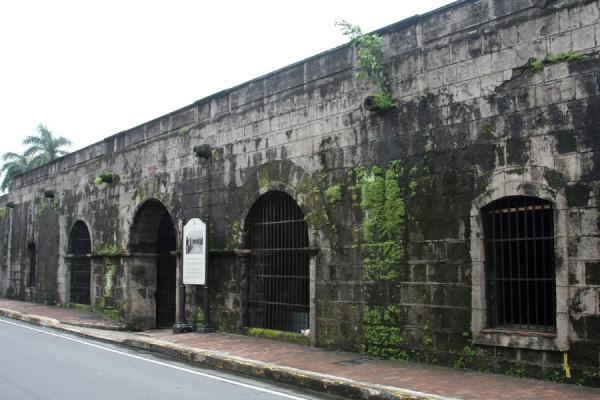 Foto van Part of the old city wall of IntramurosManilla - Filippijnen