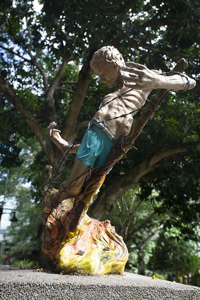 Statue representing a prisoner being burned alive | Plaza Cuartel | Filippine