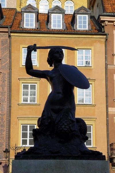 Foto van Statue of mermaid defending the city on the Old Town SquareWarschau - Polen