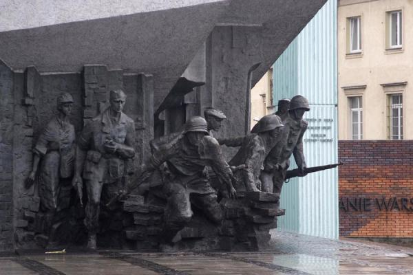 Picture of Warsaw uprising monument (Poland): Courageous Polish soldiers depicted in the monument