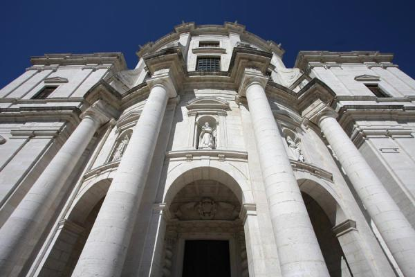 Foto de Portugal (Santa Engracia church which doubles as the Pantheon)