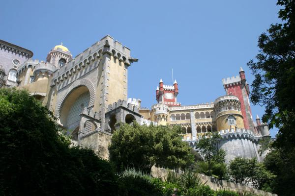 Picture of Palace of Pena, looking up at the gate and some of the towers