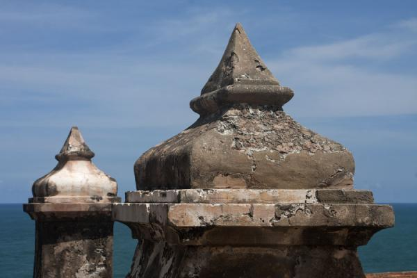 Foto de Details of a wall near the lighthouse of the Fort San Felipe del MorroCastillo San Felipe del Morro - Puerto Rico