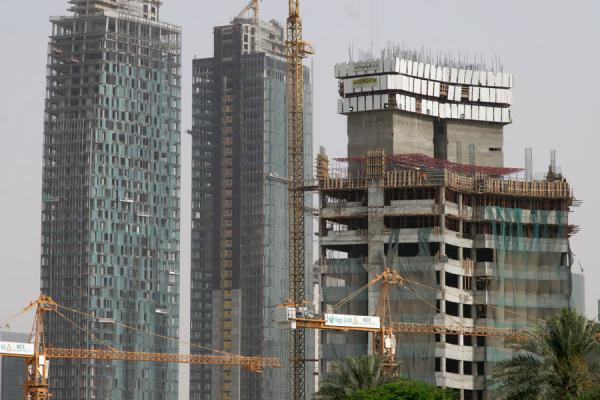 Construction everywhere: cranes and concrete in Doha | Doha modern architecture | Qatar