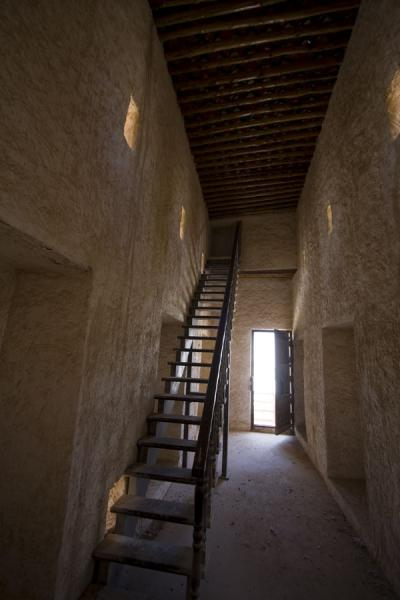 Foto di Stairs leading up the Alborj Alshargi towerUmm Salal Mohammed fort - Qatar