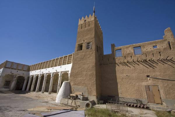 Picture of Umm Salal Mohammed fort (Qatar): Traditional tower in Umm Salal Mohammed