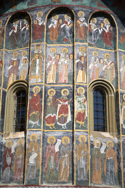 Foto van Murals on the church of SucevițaBucovina - Roemenië
