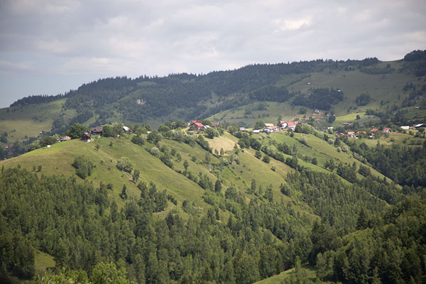 The ridge on which Peștera is located | Kalibash villages | Romania