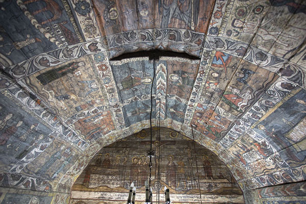 Photo de Ceiling of the wooden church of Desești - Roumanie - Europe