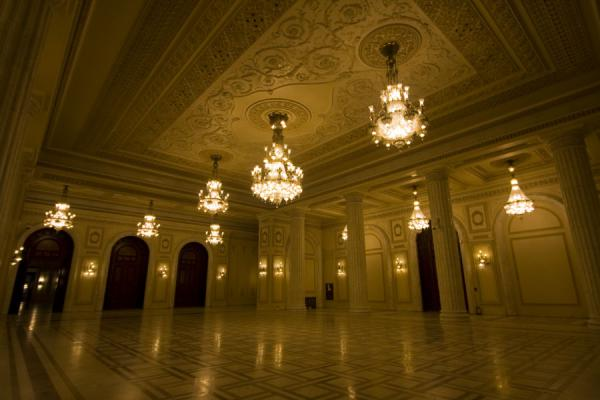 Picture of Marble and huge chandeliers are very common in the Palace