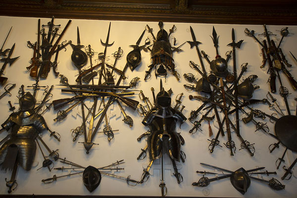 Foto di The Grand Armoury has an extensive display of weaponry and armourSinaia - Rumania