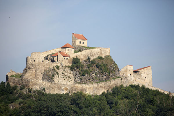 Foto de Rupea citadel seen from a distanceRupea - Rumania