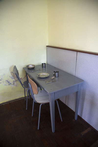 The table where the Ceaușescus had their meals in their last days - 罗马尼亚