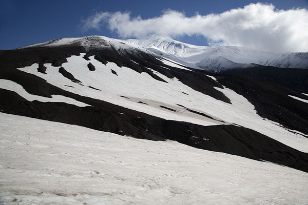 Foto di Looking at Avachinsky Volcano from the western sideAvachinsky Pass - Russia
