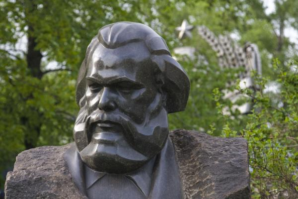 Foto de Bust of the inevitable Karl Marx - Russia - Europa