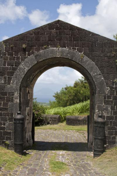 Foto van Gate giving access to Brimstone Hill fortress complexBrimstone Hill Fortress - St Kitts en Nevis