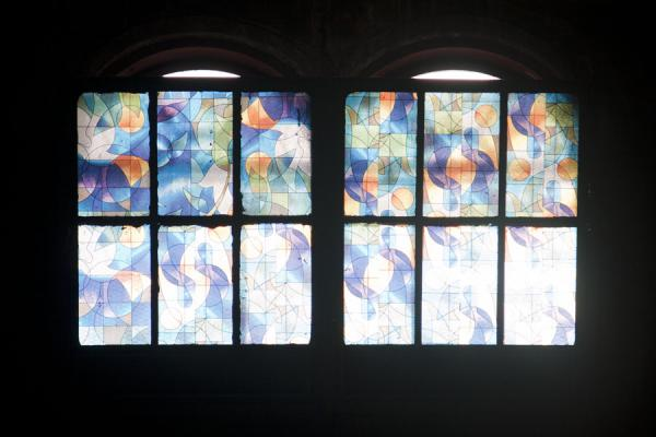 Foto van Two colourful windows in the cathedral of Castries - Santa Lucia - Amerika