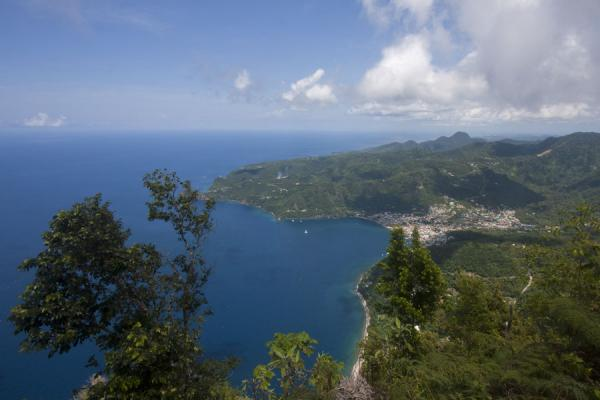 的照片 Looking north towards Castries from the summit of Petit Piton - 圣卢西亚