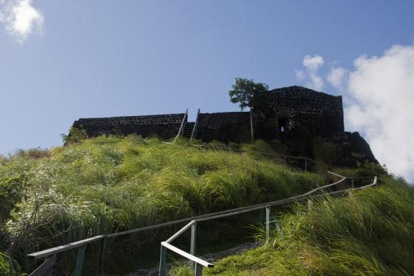 的照片 Fort Rodney seen from below - 圣卢西亚