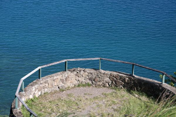Foto de Circular platform being a part of Fort Rodney - Santa Lucia - América